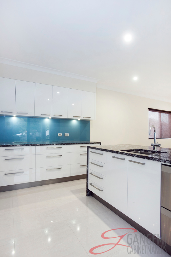 Kitchens Airlie Beach